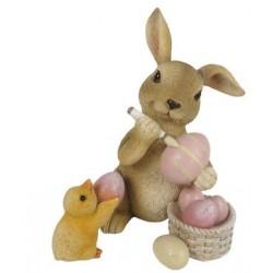 Coniglietto con uova rosa